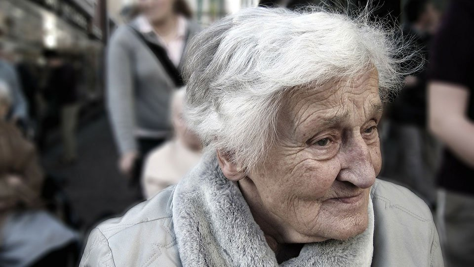 Demenz und Verlust der Selbstständigkeit ängstigen die Senioren