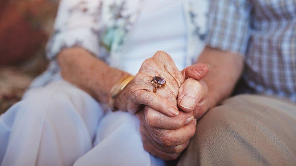Das Ehepaar wollte den Lebensabend nicht ohne den anderen verbringen und beantragte deshalb Betäubungsmittel zur Selbsttötung.