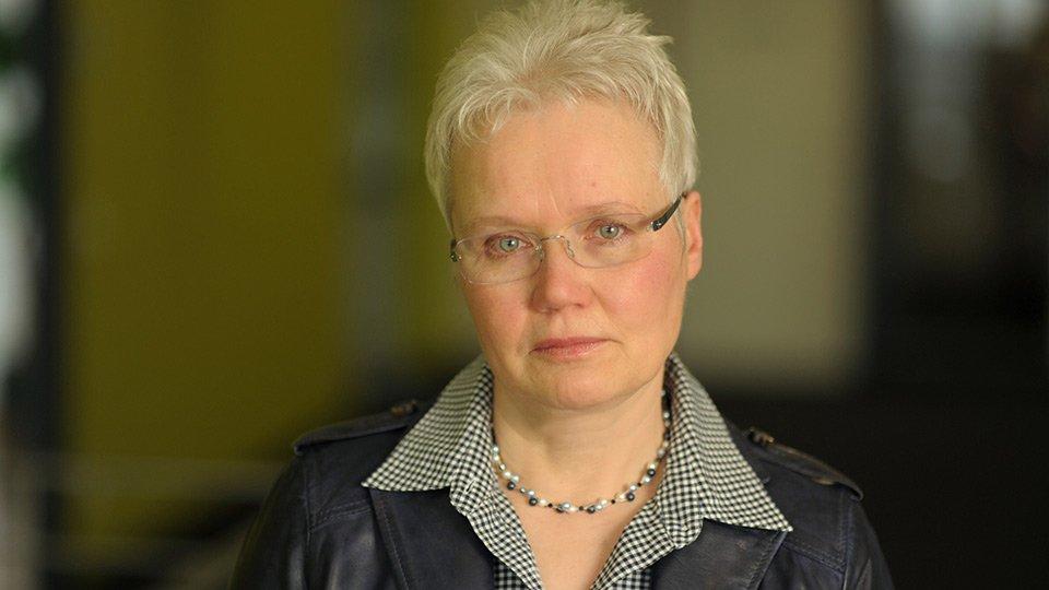 Prof. Gertrud Hundenborn.