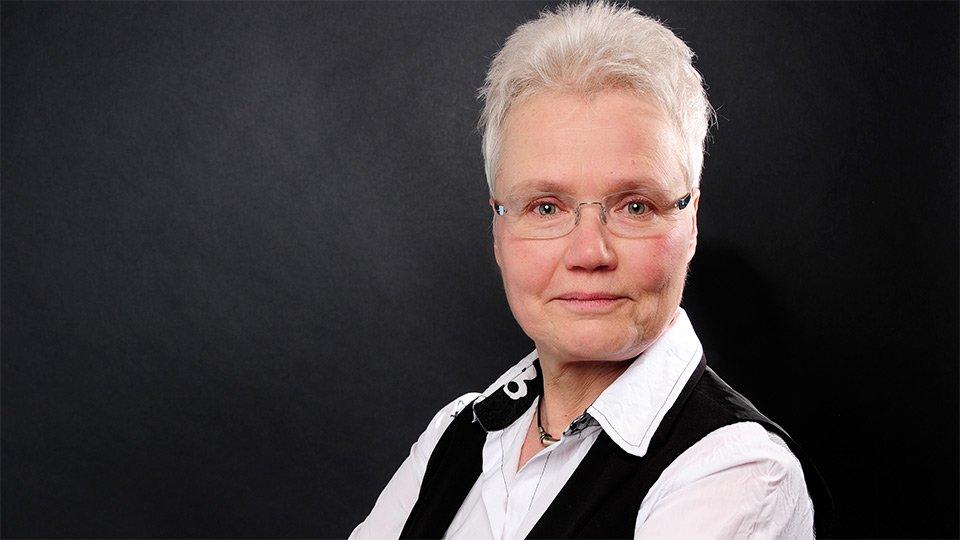 Prof. Gertrud Hundenborn