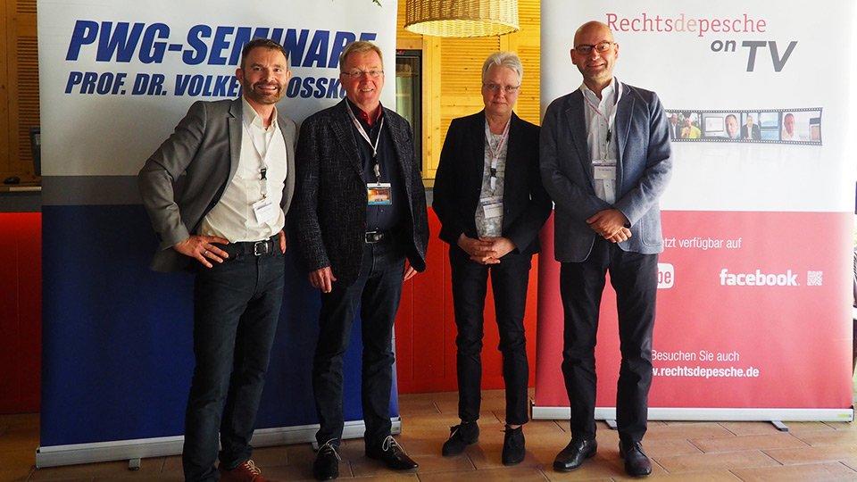 (v.l.n.r.): Prof. Dr. Volker Großkopf, StS Andreas Westerfellhaus, Prof. Gertrud Hundenborn, Dr. Jan Basche.