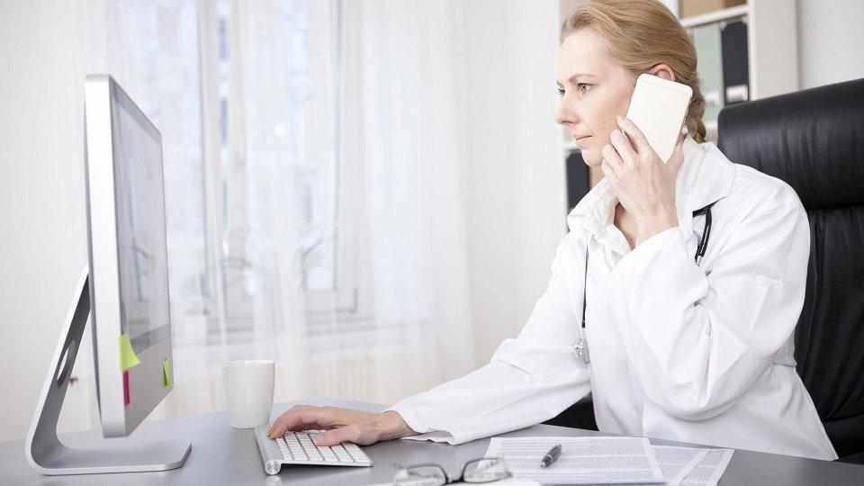 Im Schnellverfahren hat der G-BA einige Richtlinien zur medizinischen Versorgung gesetzlich versicherter Patienten und Patientinnen angepasst.