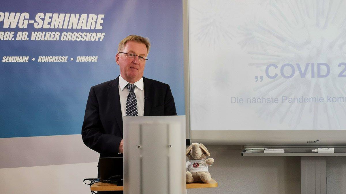 Der Pflegebevollmächtige der Bundesregierung Staatssekretär Andreas Westerfellhaus